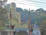 30 m hoher Goldbuddha in Dambulla, Sri Lanka