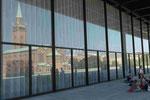 Erneuerte Neue Nationalgalerie Berlin (Blick auf die St. Mathäus-Kirche)