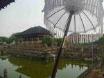 Schwimmender Tempel, Bali, Indonesien