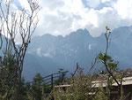 Am Fuß des Jade Drachen Berges, Yünnan, Volksrepublik China