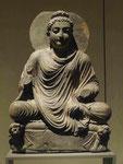 Buddha auf dem Löwenthron, Gandhara, Takht-i-Bahi, 2./3. Jh. n.Chr.