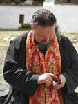 Orthodoxer Mönchsgeistlicher im Rilakloster, Bulgarien
