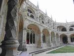 Kreuzgang im Hieronymitenkloster in Lissabon, Portugal