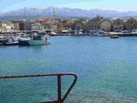 Blick auf die Weissen Berge vom Hafen von Chania, Kreta