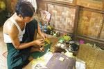 Vergolder ln Myanmar