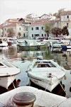 Hafenszene auf Dugi Otoc, Kroatien