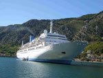 Thomson Celebration vor Kotor, Montenegro