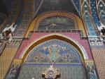 Jugendstilausmalung in der gotischen Franziskanerkirche von Krakau, Polen