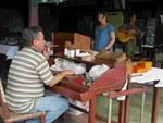 Zigarrenverkäufer in der Provinz Pinar del Rio/ Kuba