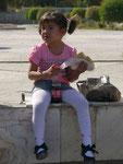 Mädchen am Basar von Buchara,Usbekistan