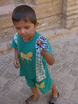Kleiner Schmuckverkäufer in Khiwa,Usbekistan