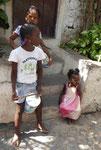 Begrüßungstrommlerinnen auf Santiago, Kapverden