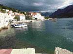 Das Städtchen Pedarst  in der Bucht von Kotor, Montenegro