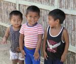 Kinder aus dem Volk der Kuna auf St. Blas, Panama