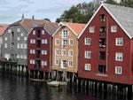 Ehemalige Lagerhäuser in Trondheim, Norwegen