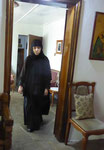 Nonne im Kloster Erzengel Michael auf Thassos, Griechenland