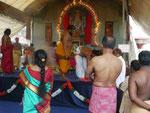 Im Hindutempel in Singapur