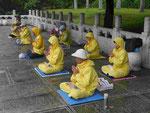 Protestierende Anhänger von Falun Gong am National Palast Museum, Taipei, Taiwan