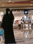 Verschleierte in Abu Dhabi, Vereinigte Arabische Emirate