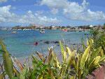 Blick auf die Bucht von Anse Mitan, Martinique, Frankreich