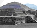 Pyramiden der Azteken bei Mexico City, Mexico