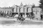 La première gare de Cambrai, inaugurée par la Cie du Nord le 15 juillet 1858. Elle deviendra ensuite la gare Annexe. (Coll. part.)