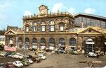 """La gare de Lille dans les années 60. Le terme """"Flandres"""" sera rajouté en 1993. (Coll. MB)"""