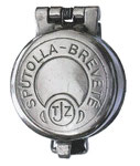 Diese metallene Spuckflasche stammt vermutlich aus der Schweiz. Sie ist auf dem Sprungdeckel gemarkt mit:  SPUTOLLA-BREVETÉ TJZ. Gefunden in Davos. 240