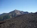 十勝岳登山道からの美瑛岳