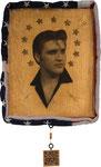 """Elvis Aaron Presley  """"C'è chi muove le gambe,  chi schiocca le dita,  e chi si muove da una parte all'altra.  Io faccio un po' tutto assieme, direi.""""  Rovere, foglie d'oro carta da lucido, pastelli, 3D liner, spray, chiodi stelle legno, 2 bandiere America"""