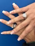 Ricostruzione unghie mani - Centro Estetico Nefertari Anzio