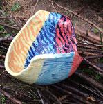 Steinzeug, Unterglasurfarben, Wachsabdeckungen, glasiert  23 x 17 cm  H: 12 cm