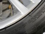 BMW350M純正ホイール左リアのガリ傷・すり傷リペア(修理・修復)前写真①