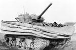 Amphibischer Duplex-Drive Sherman Panzer nach der Landung am UTAH Beach
