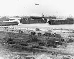 Anlandung von Nachschub in der Normandie III