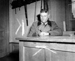 Generalmajor Robert Sattler bei der Befragung durch US-Offiziere