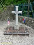 Kreuz zur Erinnerung an den Geistlichen First Lieutenant Dominic Tormain