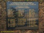Tafel mit den namen der militärischen und zivilen Opfer II