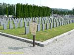 Das Gräberfeld der bei den Bombenangriffen der Amerikaner getöteten Franzosen
