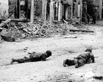 US-Infanterie im Strßenkampf in St-Lo