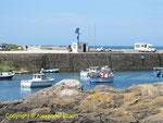 Der kleine Hafen von Gatteville - Anfan gdes 20. Jahrhunders wurde hier Granit aus dem nahe gelegenen Steinbruch nach Le Havre zum Bau der dortigen Hafenanlagen verschifft