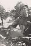 Melder auf seiner Harley Davidson