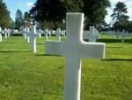 Grab von PFC Theodore K. Mister auf dem US-Soldatenfriedhof Colleville - St.-Laurent