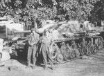 Abgeschossenes Stug. IV der 17. SS-Panzergrenadier-Division 1