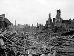 Das völlig zerstörte Saint Sauveur le Vicomte