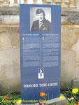 Normandie Terre Liberte Stele zum Andenken von 1st Lieutenant Pat Williamson