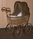 Puppenwagen WISA Gloria (ca. 1900, inkl. Garnitur, zu kaufen für Sfr. 1300.-)