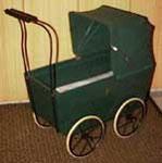 Puppenwagen WISA Gloria (ca. 1930, verkauft für Sfr. 700.-)