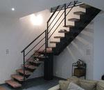 Escalier double limon central peint & marches en bois