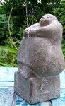 kleine hockende | steinguß 25 cm